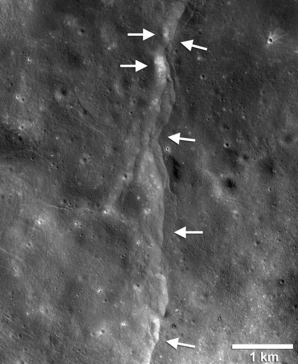 lro moonquakes