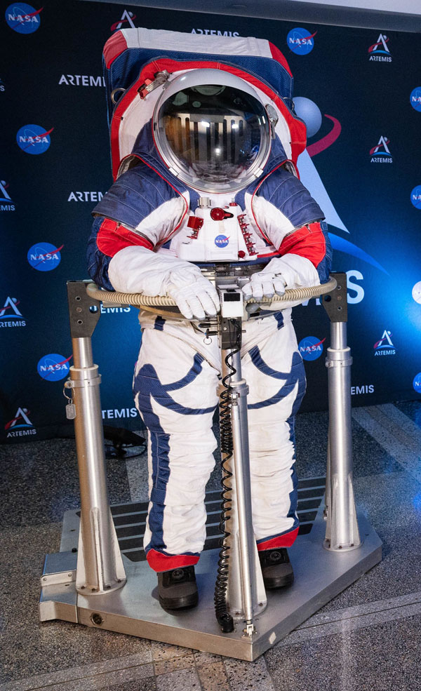 NASAs New Space Suits Will Fit Men and Women Alike for Once