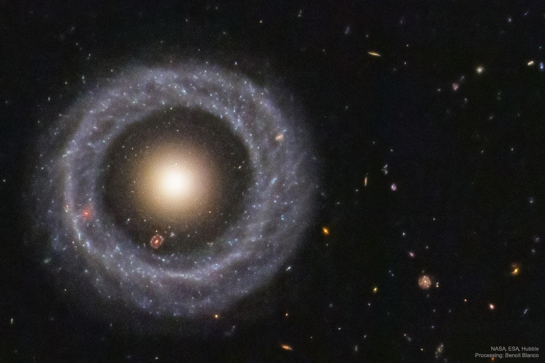 Hoag HubbleBlanco