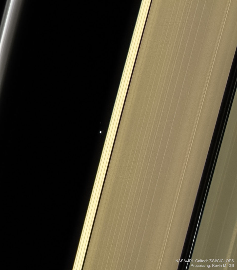 SaturnEarthMoon Cassini