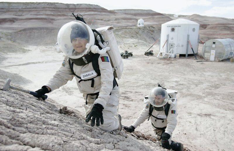 pratice mars astronauts e