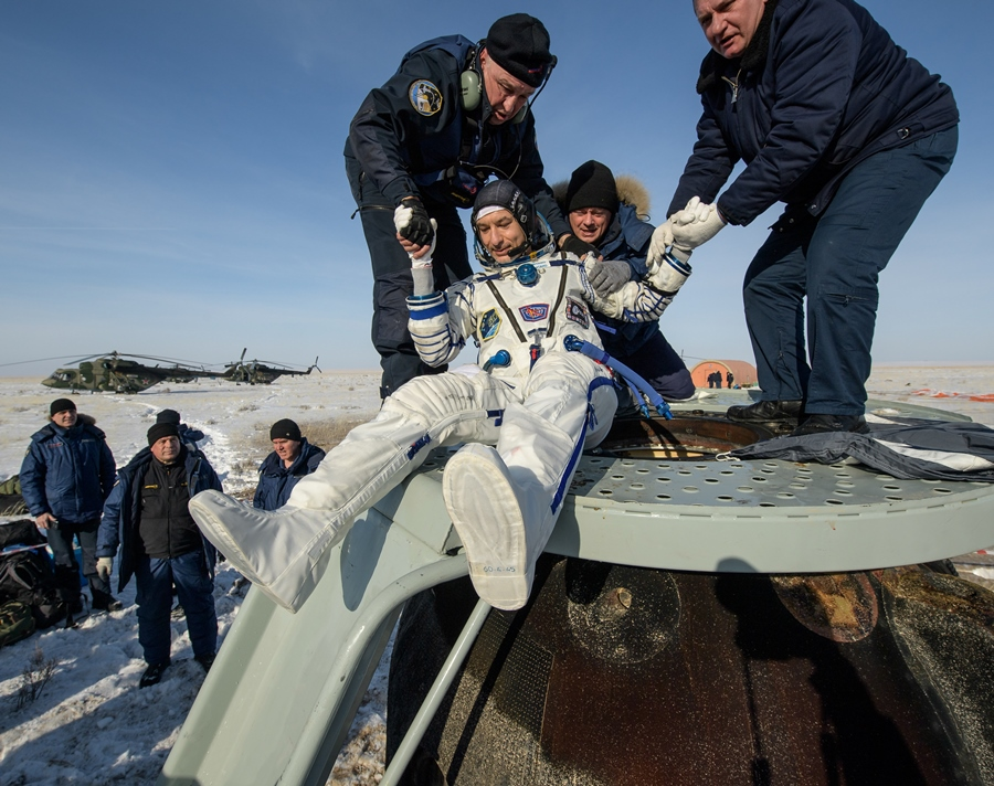 Expedition Soyuz Landing NHQ