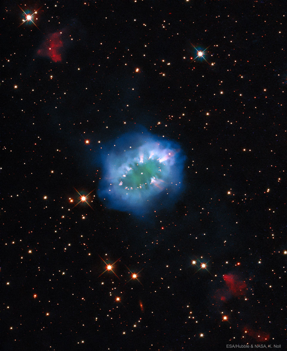 Necklace Hubble